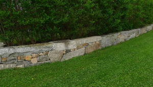 Contempory Wall in West Tisbury jeffrey bale