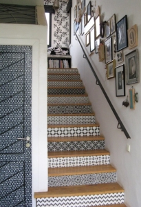 Morocco-Stencils-Stairs