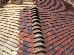 Tudor Peg tiles being laid