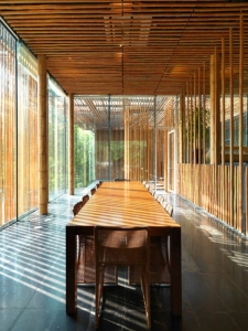 geat wall house dining