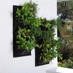vertical_garden_planter dotzilla
