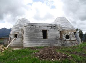 architectura de Equilibrio earth home