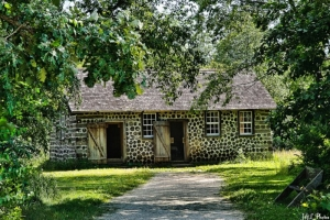wisconsin cordwood home