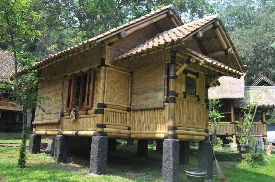 Modern-Bamboo-House-Design-20142