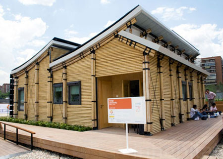 Modern-Bamboo-House-Design-20146