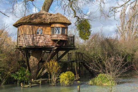 treehouse-in-amberley-uk