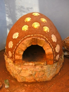 finished-clay-mud-cob-oven